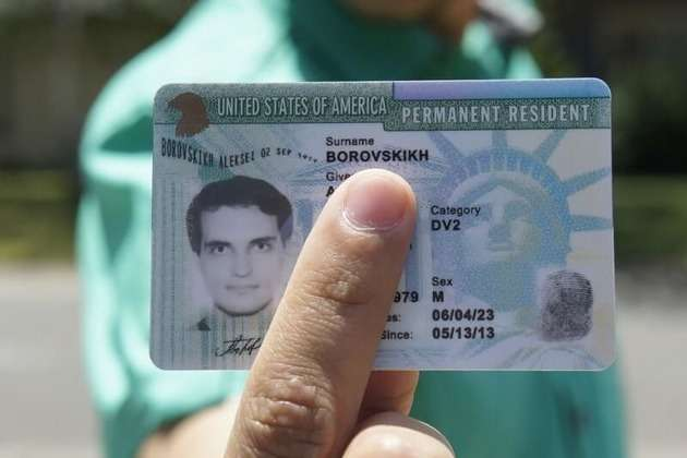 Spouse of Green Card Holder Can Work
